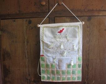 Vintage Christmas Countdown Calendar White Green Pear Tree Red Cardinal