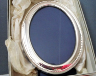 Silver Plated PHOTO Frame Vintage H.SAMUEL Oval Photograph Frame Boxed Unused Vintage Photo Frame Christening GIFT Wedding Day Easel Stand