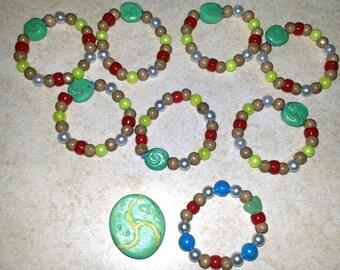 8 Bracelets or DIY Kits - Moana Glow-in-the-Dark Party Favor - Heart of Tefiti beaded Bracelet - Girl's Party Activity - Thank You Gift