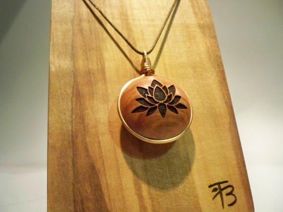 Anhänger aus Holz. Briar-Holz Kupfer Ring hergestellt auf