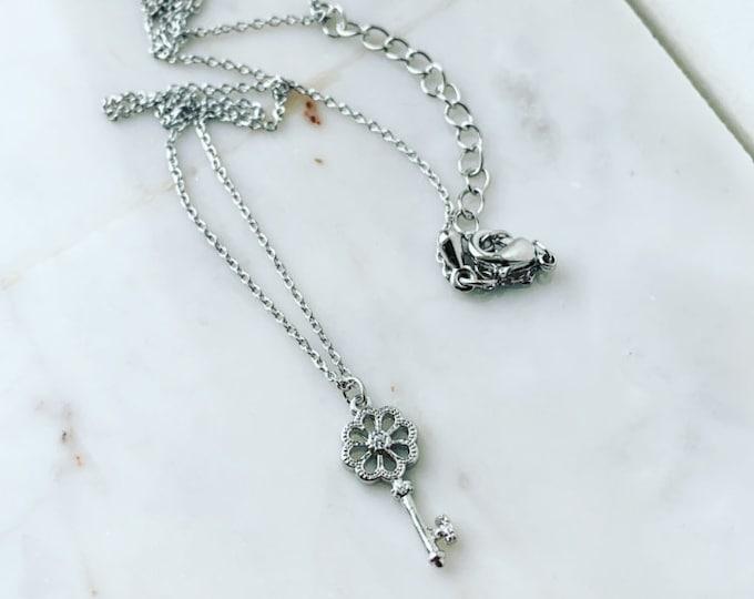 Key Flower Necklace, Key Necklace