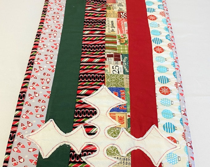 Quilted Christmas Table Runner, Christmas Table Runner, Quilted Table Runner, Red Green Table Runner, Quilted Table Decor, Gifts for Family