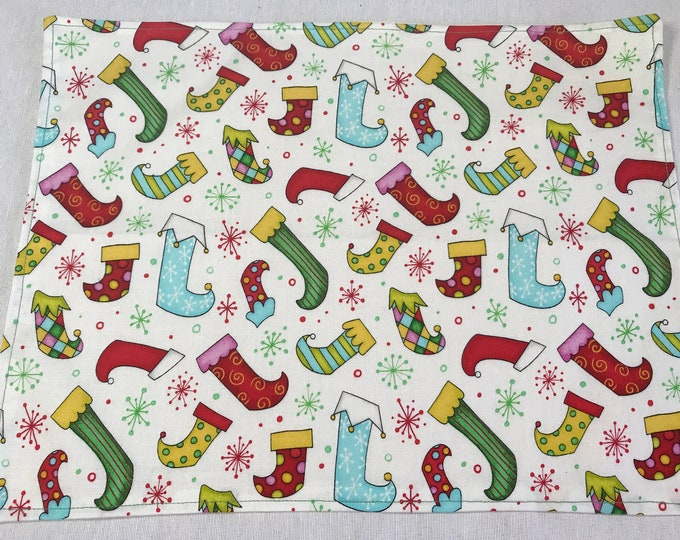 Christmas Placemat Set, Christmas Table Mat Set, Childrens Christmas Placemats, Set of 4 Placemats, Fun Christmas Decor,Elf Christmas Fabric