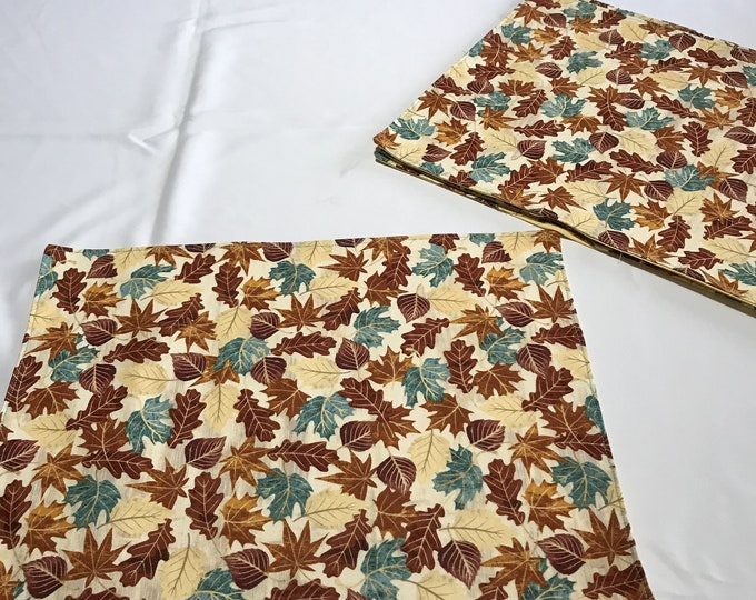 Fall Table Linens, Autumn Linens, Fall Placemats, Table Linens Fall, Fall Table Decor, Colorful Leaves, Housewarming Gifts, CoWorkers Gifts