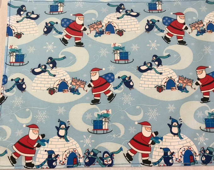 Kids Placemats, Kids Placemat Set, Christmas Fun, Kids Table Mats, Christmas Placemats, Penguin Fun, Party Placemats, Set of 6 Placemats