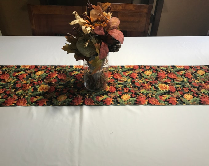 Fall Table Centerpiece, Fall Table Runner, Dining Table Centerpiece, Fall Centerpiece, Gift for Mom, Housewarming Gift, Wedding Gift, Gifts
