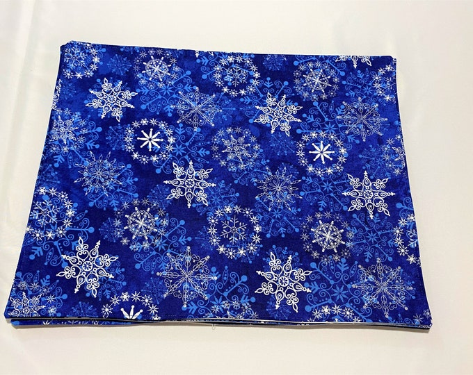 Blue Placemats, Blue and White Placemats, Reversible Placemats, Light Blue Plaid Fabric, Christmas Placemats, Holiday Placemats, Table Mats