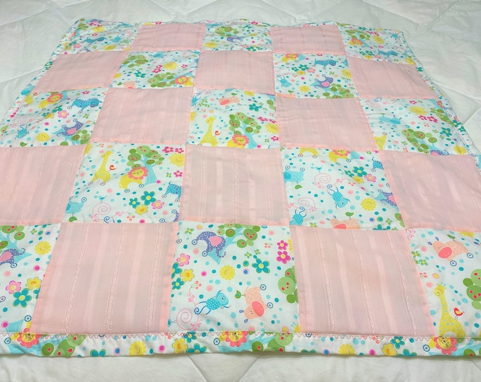 Baby Animal Quilt, Baby Quilt Handmade, Baby Zoo Animals, Small Baby Animal Quilt, Baby Girl Shower Gift, Baby Girl Quilt, Baby Play Mat