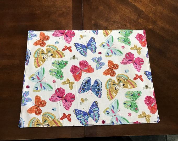Butterfly Table Decor, Butterfly Placemats, Colorful Table Decor, Linen Table Decor, Colorful Butterflys, Reversiable Placemats,Table Linens