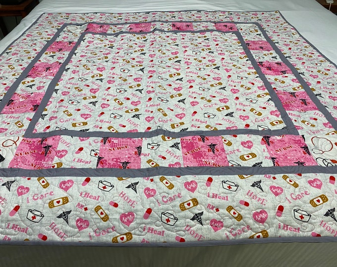 Nurse Gift Quilt, Nurses Quilt, Healthcare Workers Gift, Thank You Quilt, Love a Nurse, Small Throw Quilt, Baby Quilt, Gift for a Nurse