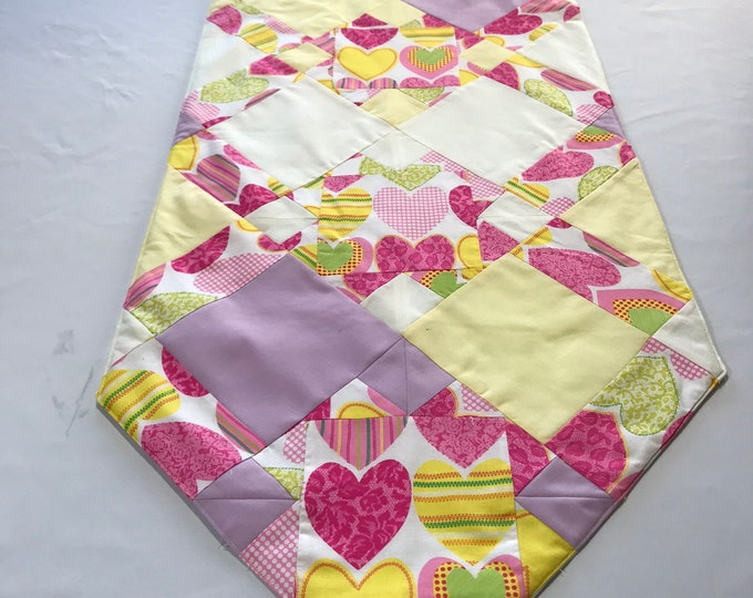 Valentines Day Runner, Valentines Table Runner, Pink and Yellow Runner, Valentines Day Gifts For Her, Sweetheart Gifts, Patchwork Runner