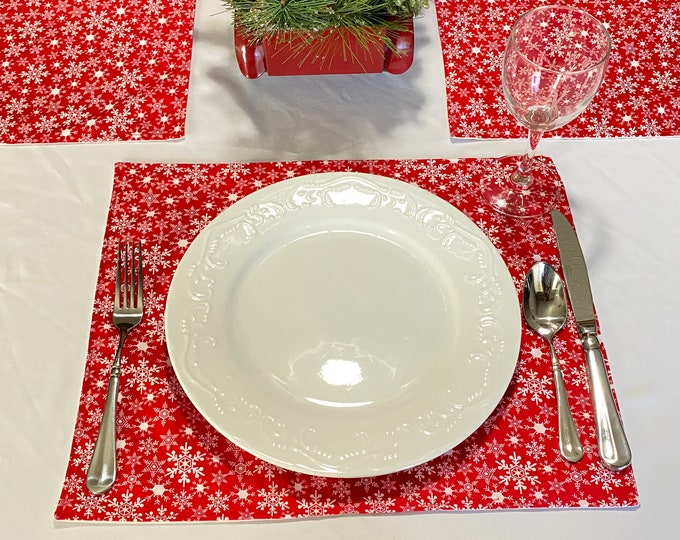 Christmas Red Placemats, Christmas Placemats, Red Placemats, Christmas Table Mats, Red Table Mats, Winter Placemats, Holiday Table Mats