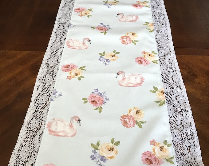 Floral Runner for Table, Floral Runner, Floral Table Runner, Mothers Day Gifts, Gifts for Mom, Gifts for Sisters, Housewarming Gifts