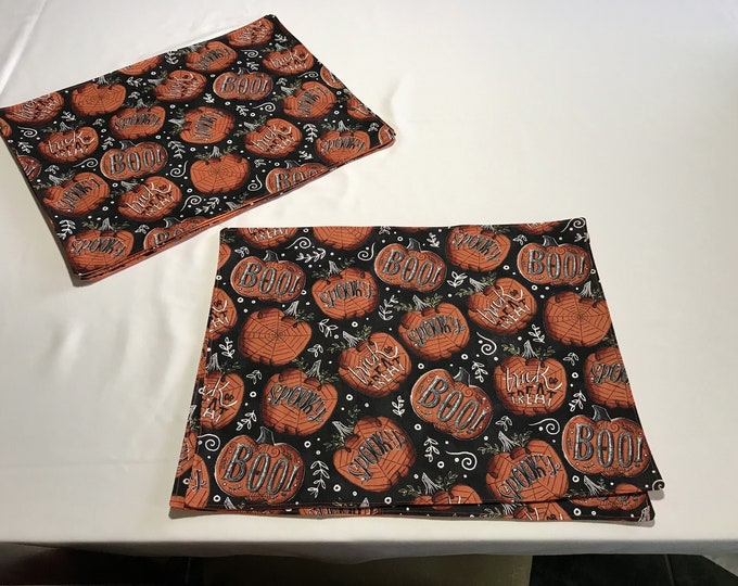 Placemat Set, Set of 6 Placemats, Black and Orange Placemats, Halloween Placemat Set, Halloween Table Decor, Halloween Table Mats