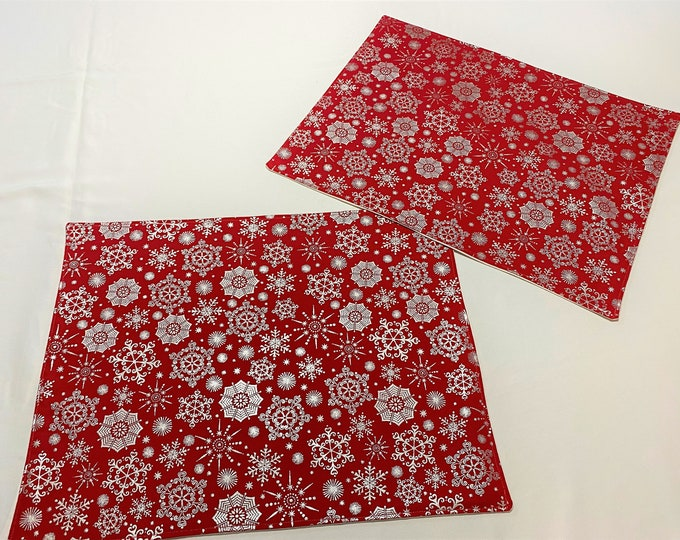 Red Christmas Placemats, Silver Snowflakes, Winter Placemats, Red Snowflake Fabric, Christmas Place Mats, Red Place Mats, Holiday Placemats