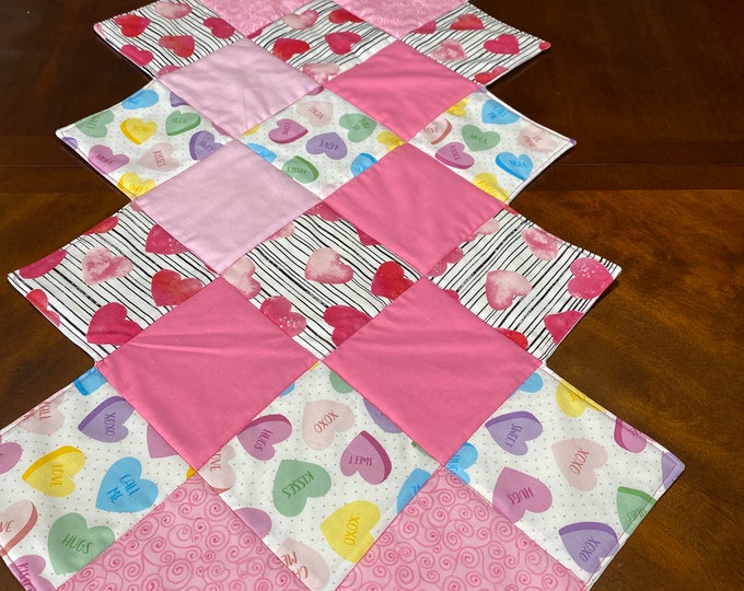 Valentine Table Runner, Valentine Table Runner Quilted, Valentines Day Runner, Valentines Day Table Decor, Patchwork Table Runner, OOAK
