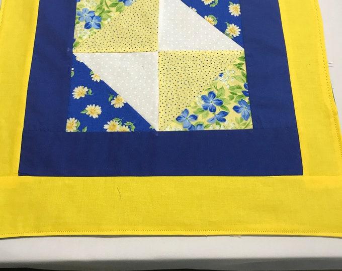 Yellow Placemats, Sunshine Yellow, Square Placemats, Summer Placemats, Summer Table Decor,Yellow Blue Placemats, Large Placemats, Table Mats