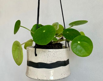 Raku ceramic hanging planter - Ceramic plant holder - Garden decoration - Black and white hanging planter