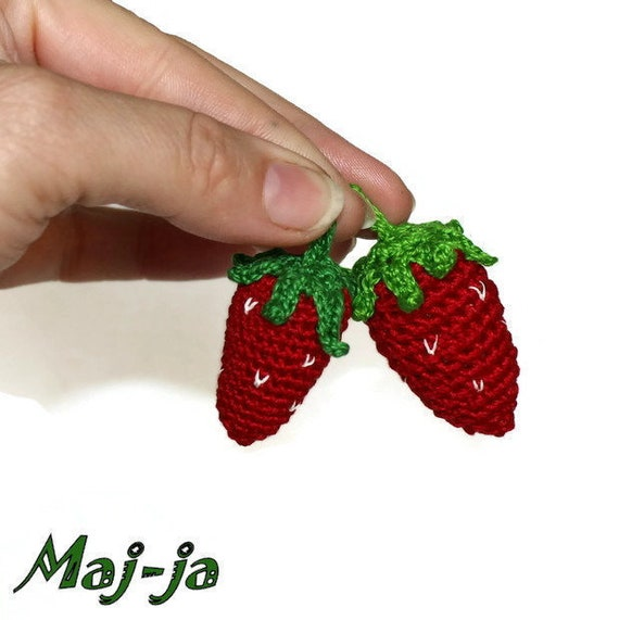 image 0 - Strawberry Kitchen Decoration