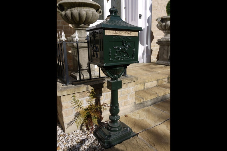 Vintage Cast Aluminum Pedestal Mailbox, Durable & Rust-proof, Mail Flap,  Green