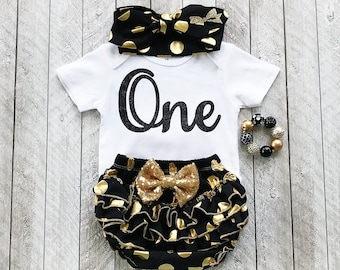 One year old outfit - Black and gold first birthday outfit Baby girl first birthday outfit Black and gold bodysuit First year birthday shirt