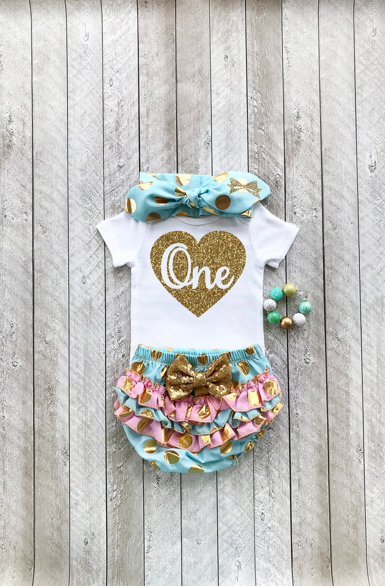 Heart one outfit Mint and gold girls first birthday outfit Heart one birthday outfit Glitter gold one Gold heart 1st birthday Heart 1 outfit