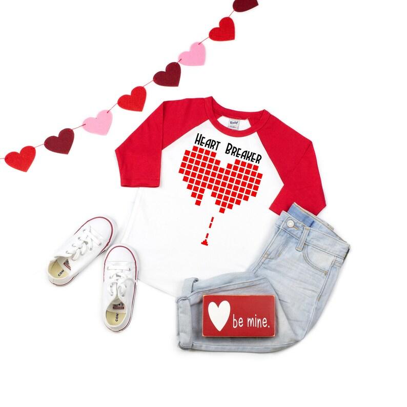 Boys valentines day shirt Baby boys valentine shirt Valentines day shirt Boys Valentines Day outfit Boy valentines day Heart breaker
