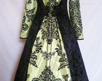 Black and Green Medieval dress Gothic Gown Renaissance Hooded Dress  Pagan Wedding Dress custom made to size