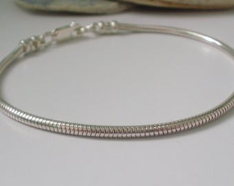 Snake Bracelet Gift for Kids, Sterling Silver 2.4mm Solid 925 Silver Chain, Jewelry Present, Handmade, Custom Sizes, in Gift Box