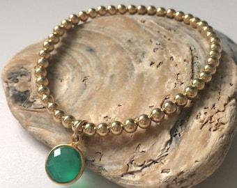 Gold Bracelet for Women, Emerald Green Onyx Charm, 14k Gold Filled Beads, Stretch Bracelet, Custom Sizes, Gift, Handmade, UK