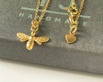 """Gold Bee Necklace for Women, Dainty Honey Bee Charm Necklace, UK Handmade  Gift for Girlfriend, 16"""" 18"""" 20"""" Pendant Chains"""