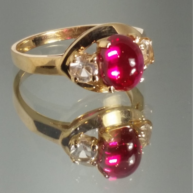 ***Never Worn*** 14K Solid Yellow Gold Retro Ruby /& Zircon Vintage Ring Vintage