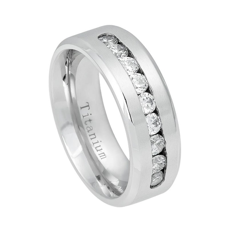 Men/'s Ring 8mm Titanium Ring Men/'s Wedding Ring with Cubic Zirconia Personalized Titanium Ring Band Father/'s Day Gift