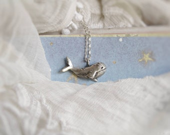 READY to SHIP in 4/6 WEEKS// Whale necklace in sterling silver. Handsculpted silver.