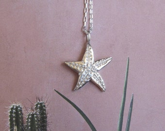 Starfish Necklace in sterling silver. Ocean jewelry. Summer 2021