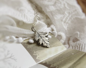 READY to SHIP in 4/6 WEEKS//Hawthorne pendant. Hawthorne necklace in silver.