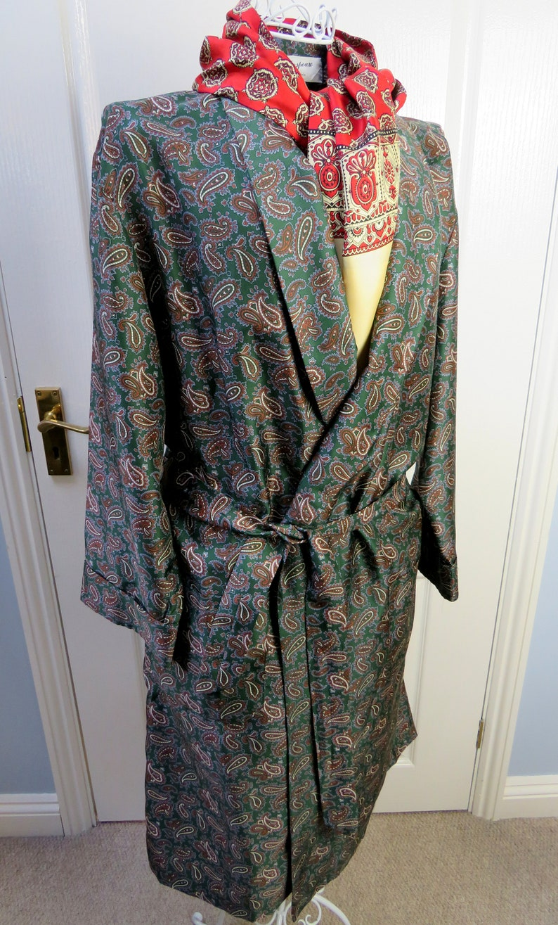 Folkspeare Smoking Jacke Paisley Robe grüne Smoking Jacke ...