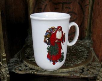 Christmas Mug Vintage Santa Father Claus Holly