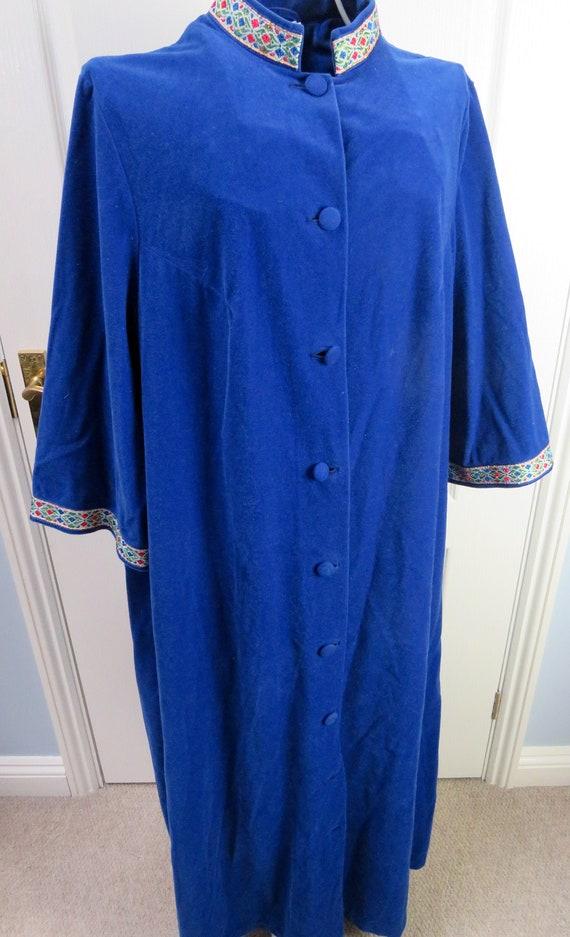 Velvet Housecoat, Vintage Dressing Gown, Velour Ho