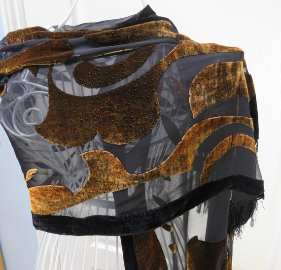 Besarani Silk Velvet Shawl, Leaf Design, Bronze Ve
