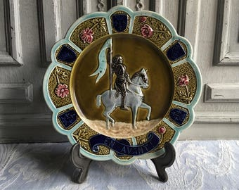 Antique Barbotine, French plate, Joan of Arc, antique Majolica, Patrimonie patron Saint of France 1890's Victorian collection, hand coloured