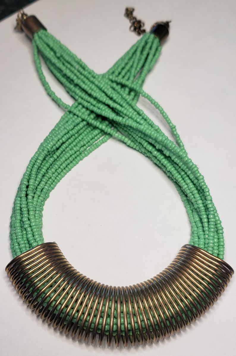 gold tone necklace green beaded Vintage