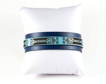 Tahitian patterned leather bracelet