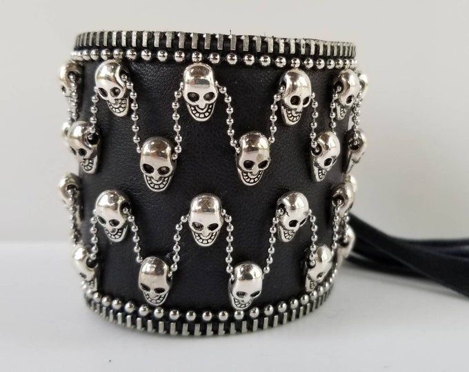 Mercury Black Skull