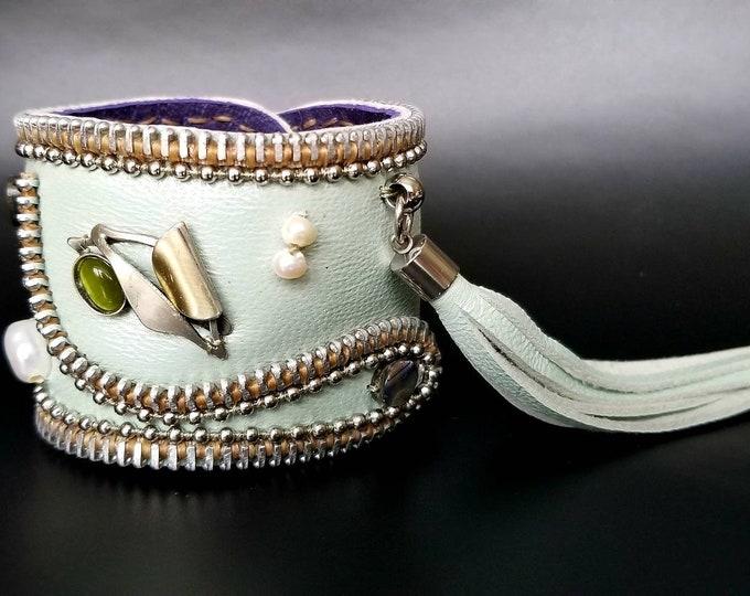 Victorian Romance Zipper Leather Cuff