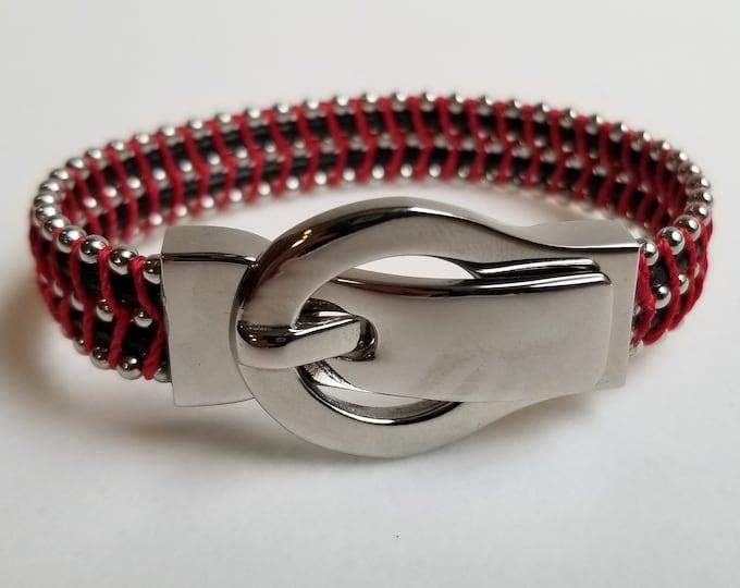 Buckle Red bracelet