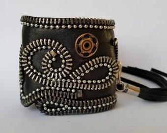 Steampunk Leather Cuff. Zipper cuff.