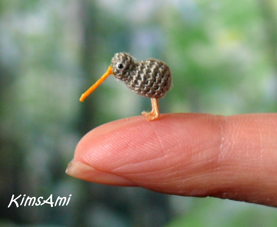 mini kiwi vogel braun miniatur amigurumi massanfertigung etsy. Black Bedroom Furniture Sets. Home Design Ideas