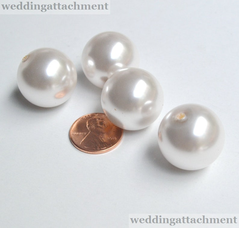 3d967129433ed3 2 PCS 20mm Large white Plastics Pearl beads Light Weight | Etsy