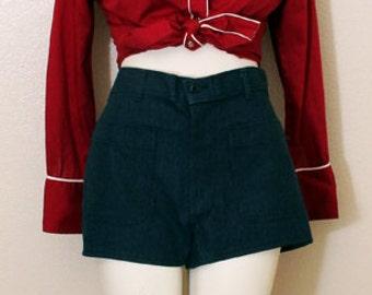 70's High-Waisted Denim Jean Shorts, size Large